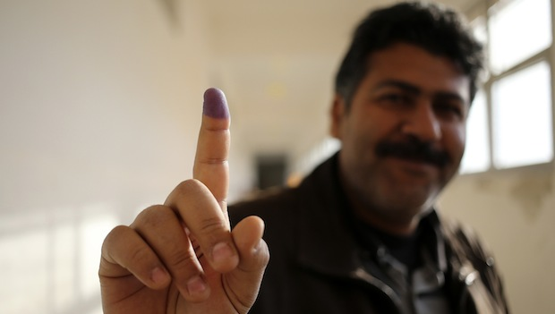 Libyans vote for constitution-drafting panel