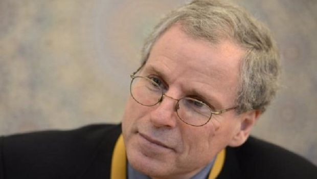 Former US Ambassador to Syria: America alone cannot solve the Syrian crisis