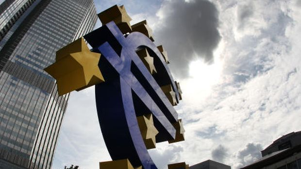 EU unveils tougher bank tests in bid to draw line under crisis