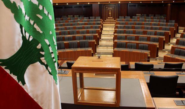 France renews efforts to end Lebanese presidnetial deadlock: sources