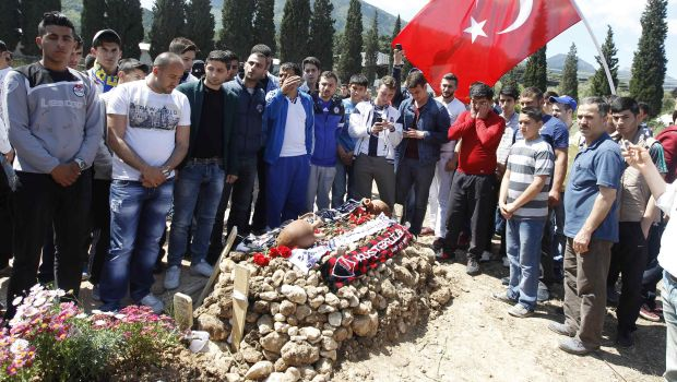 Turkish police detain 19 people in mine disaster investigation