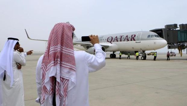 Qatar takes full control of national airline