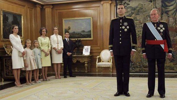 Spain gets new king, Felipe VI sworn-in in muted ceremony
