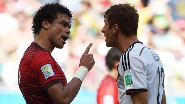Germany mark World Cup century in style, Iran and Nigeria play out goalless draw