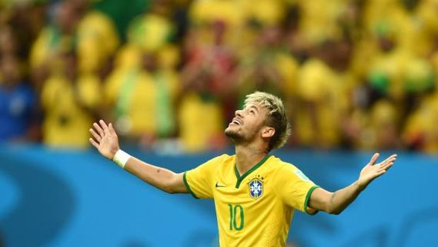 Neymar inspires Brazil, Dutch storm on at World Cup