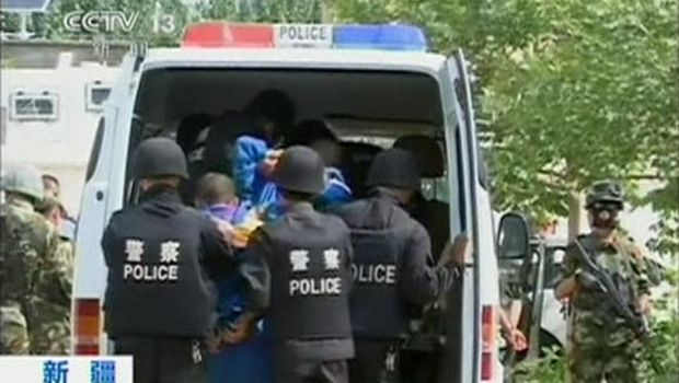 China detains 380 in month-long Xinjiang terror sweep