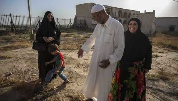 A City Almost United as Iraq Divides