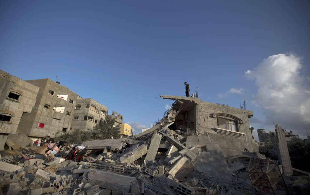 Palestinian rocket fire persists after Israel agrees to Gaza truce