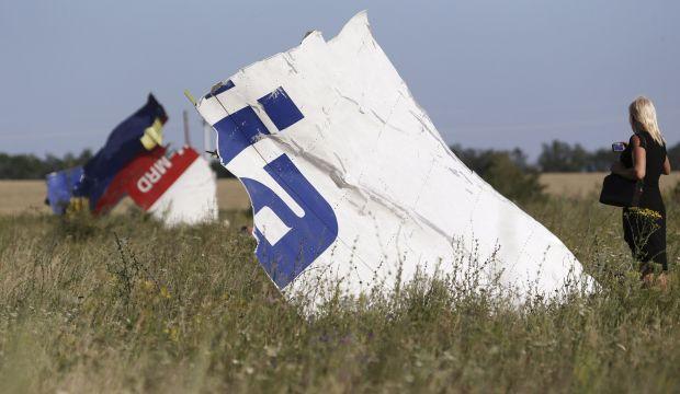 Fighting intensifies near MH17 crash site