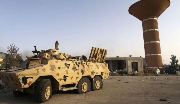 Heavy shelling, clashes resume in Libya's Tripoli