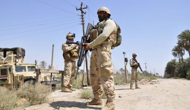 ISIS, Baghdad fight over strategic town southwest of capital