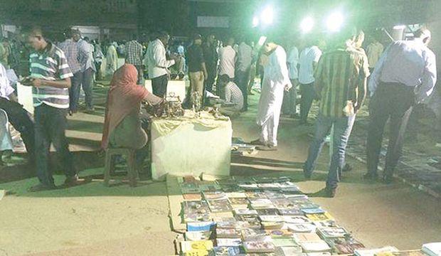 Secondhand book fair rekindles Sudanese love for reading