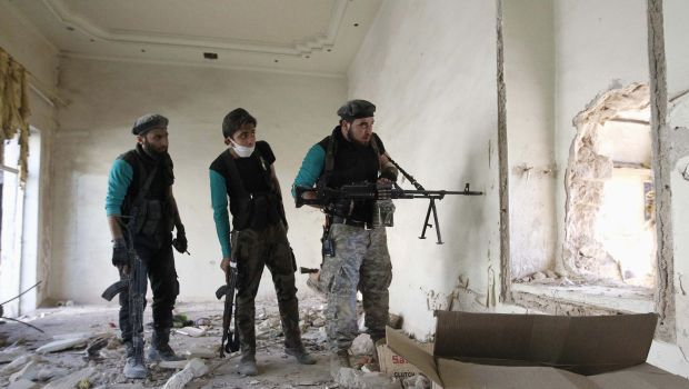 Syrian rebels threaten to give up fight against ISIS