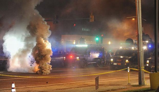 National Guard called in after second night of chaos in Ferguson, Missouri