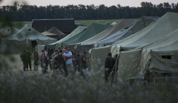 Separatists fire on Ukraine troops returning from Russia: Kiev