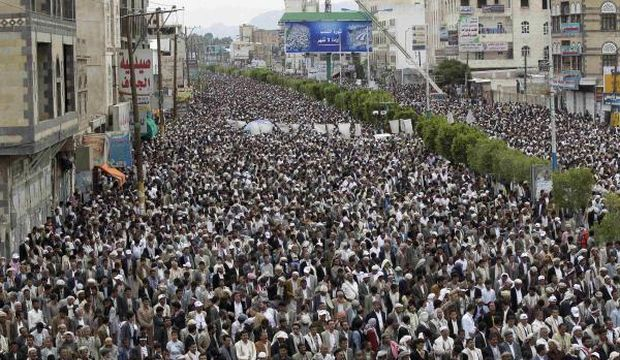 Houthis reject presidential initiative to end crisis