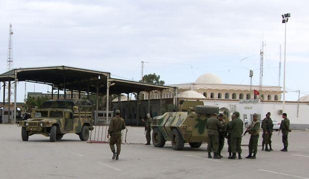 Tunisian forces on high alert at Libyan border: Tunisia FM
