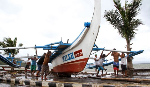 Tens of thousands evacuated from path of Philippines typhoon