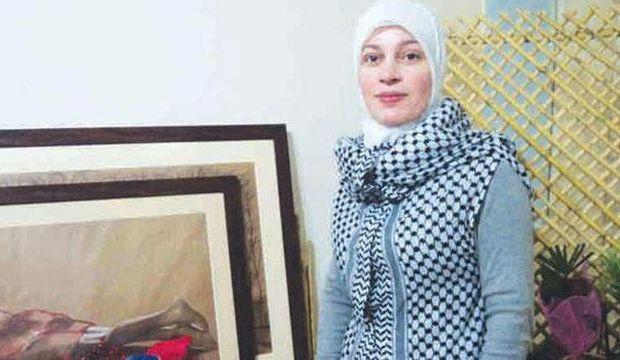 Syrian fashion designer revives ancient Mesopotamian wardrobe