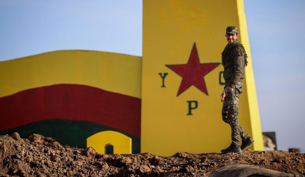 Syrian Kurds cut ISIS supply line near Iraq; fears for Christians mount