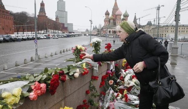 Russians to march in memory of murdered critic of Putin