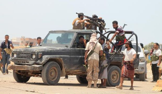 Houthis to withdraw from Aden: sources