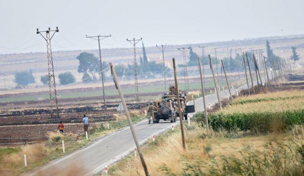 "Turkey strikes ISIS, Kurdish militants in drive for ""safe zone"""
