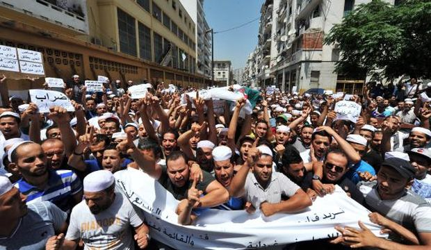 Dozens die in ethnic, sectarian clashes in southern Algeria: state media