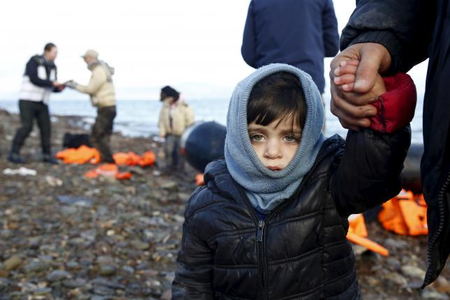 Britain Government Considers Taking in Syrian Refugee Children