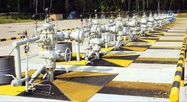 Oil Plumbs New Lows Below $27…Ecuador Sells Oil Without Profit