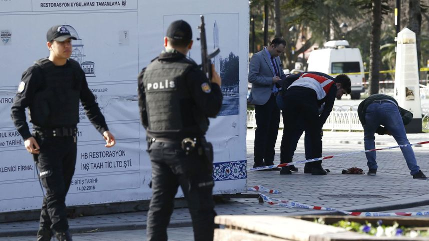 Two Women Stage Attack on Police Station in Istanbul Suburb