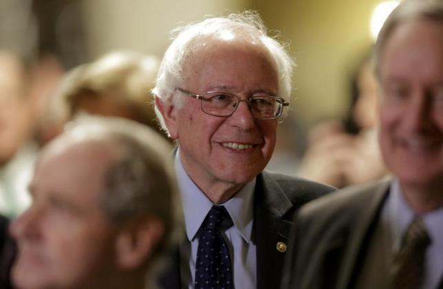 US Democrat Bernie Sanders Wins Alaska, Washington and Hawaii