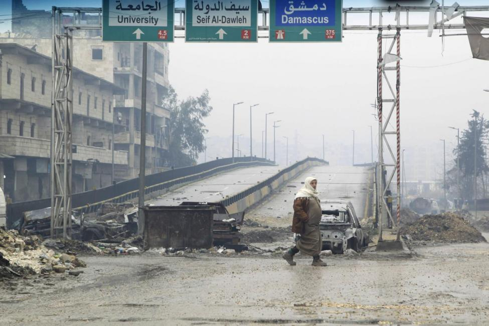 Escalated Aleppo Fighting Leaves Few Roads to Refuge