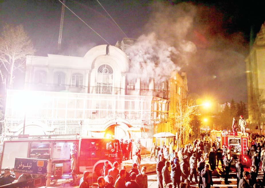 Al-Zoubi to Asharq Al-Awsat: 80 Thousand Iranian Units in Syria