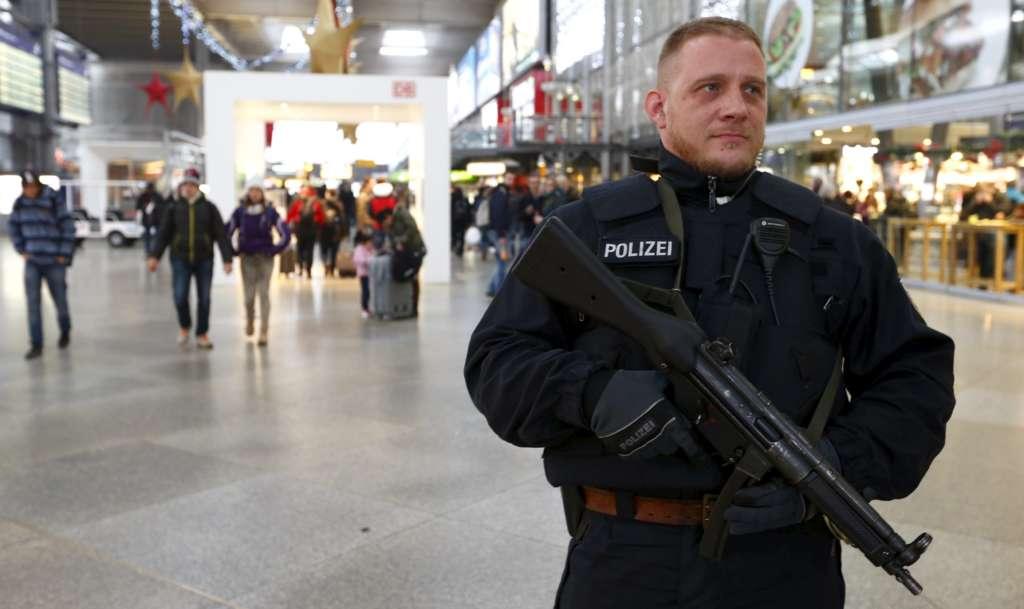 Knife Attacker Kills One at German Train Station