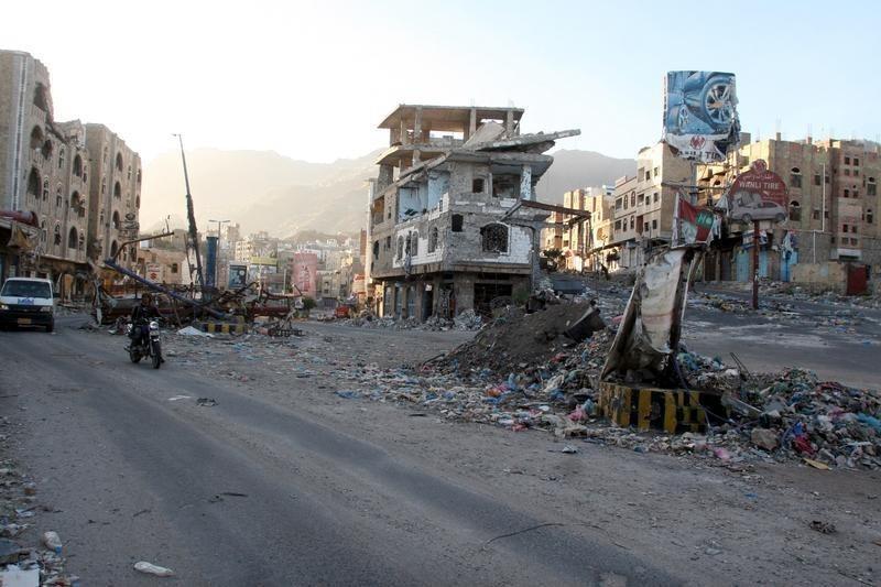 Yemeni Forces Foils Al Qaeda Attack in Mukalla