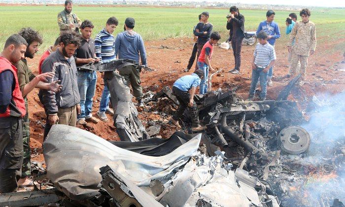 Regime Warplane Crashes Near Damascus, Syria