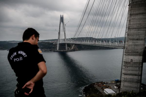 Turkey Opens Bridge between Continents in Megaproject Drive