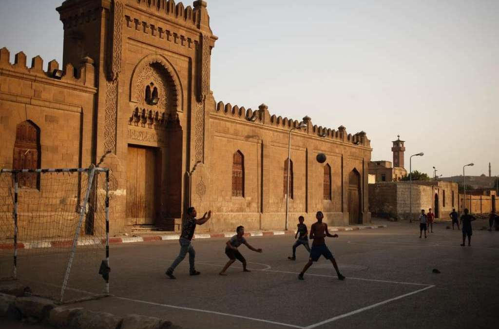 Muslim, Christian Youth Meet in Cairo to Discuss Combating Extremist Rhetoric