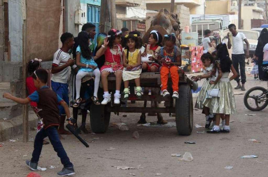 Lack of Liquidity Aggravates Yemenis' Struggles