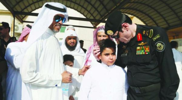 Prince Saud Bin Nayef Offers Condolences to Families of Murdered Policemen