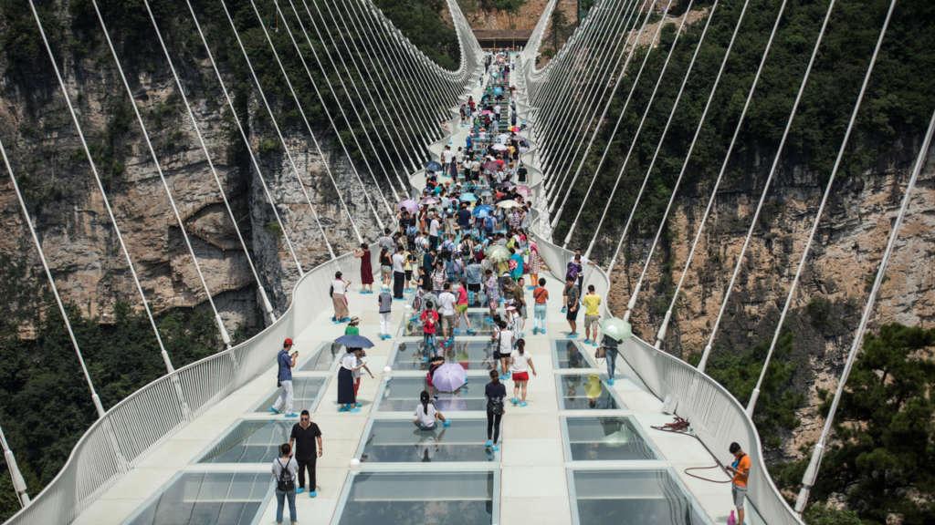 China Closes World's Longest Glass Bridge