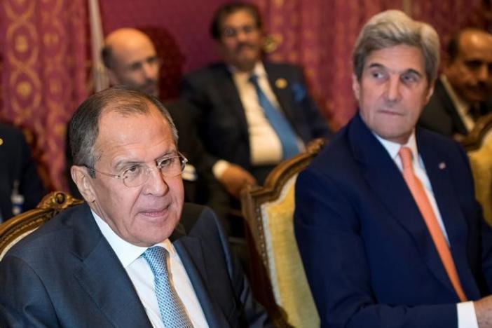 Obama Hands over Assad's Fate to Putin, Syria Opposition Demands Rearmament