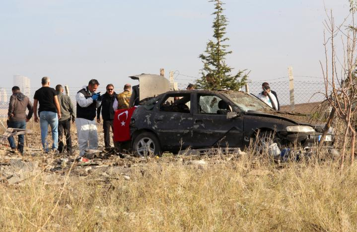 Two Bombers Blow Themselves Up in Standoff with Turkish Police
