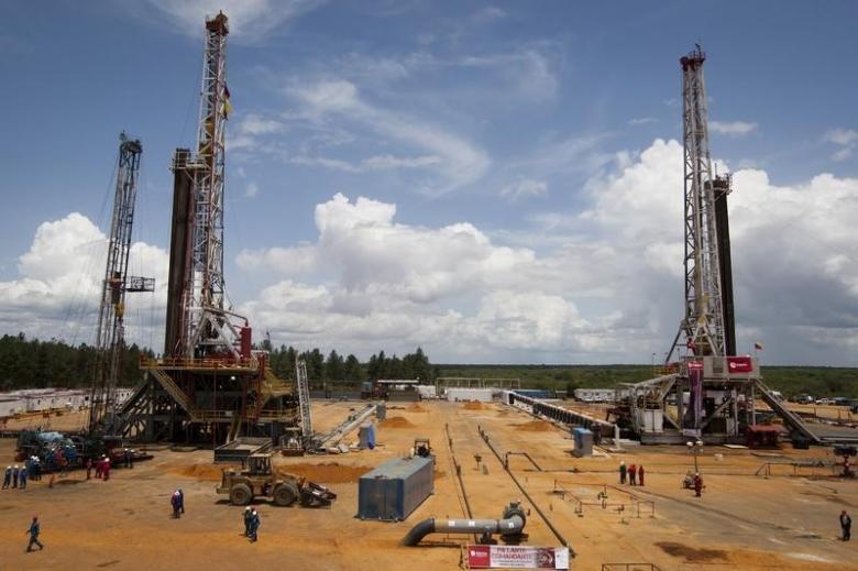 U.S. Justices Drill Down on Venezuela Oil Rig Dispute
