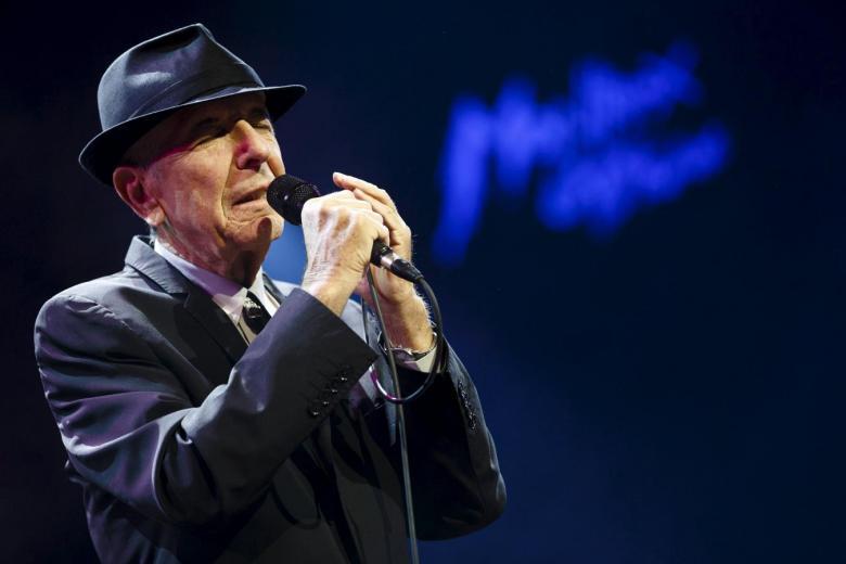 Leonard Cohen, Singer-Poet of Love, Death and Philosophical Longing, Dies at 82
