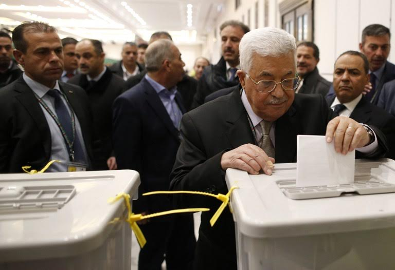 'Fatah Central Committee' Sees Light Ahead of Preparing For Abbas Successor