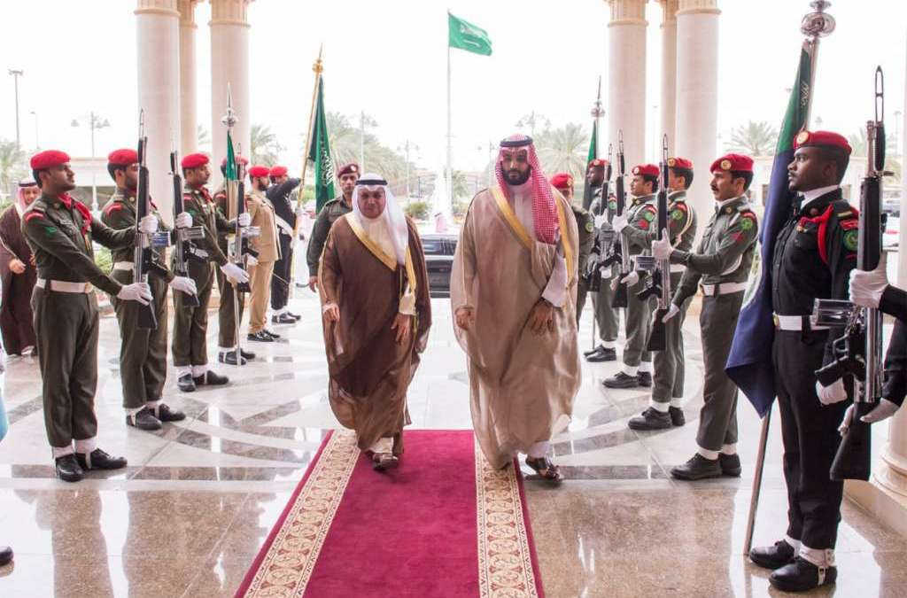 Mohammed bin Salman Reviews Bilateral Relations with Kuwaiti Defense Minister