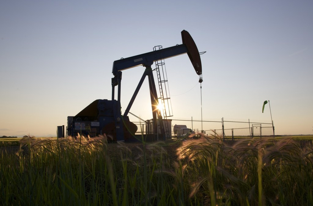 Oil Jumps 1.7 Percent, Adds to Year's Gains ahead of OPEC Cuts