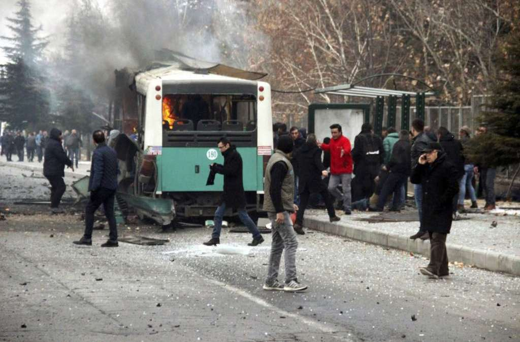 Turkish Car Bomb Attack Kills 13 Soldiers, Wounds 48